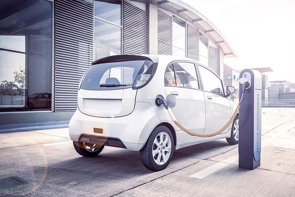 Abbildung E-Auto an Ladesäule